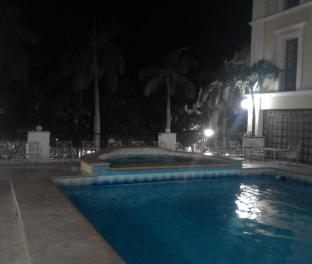 Бассейн в гостинице